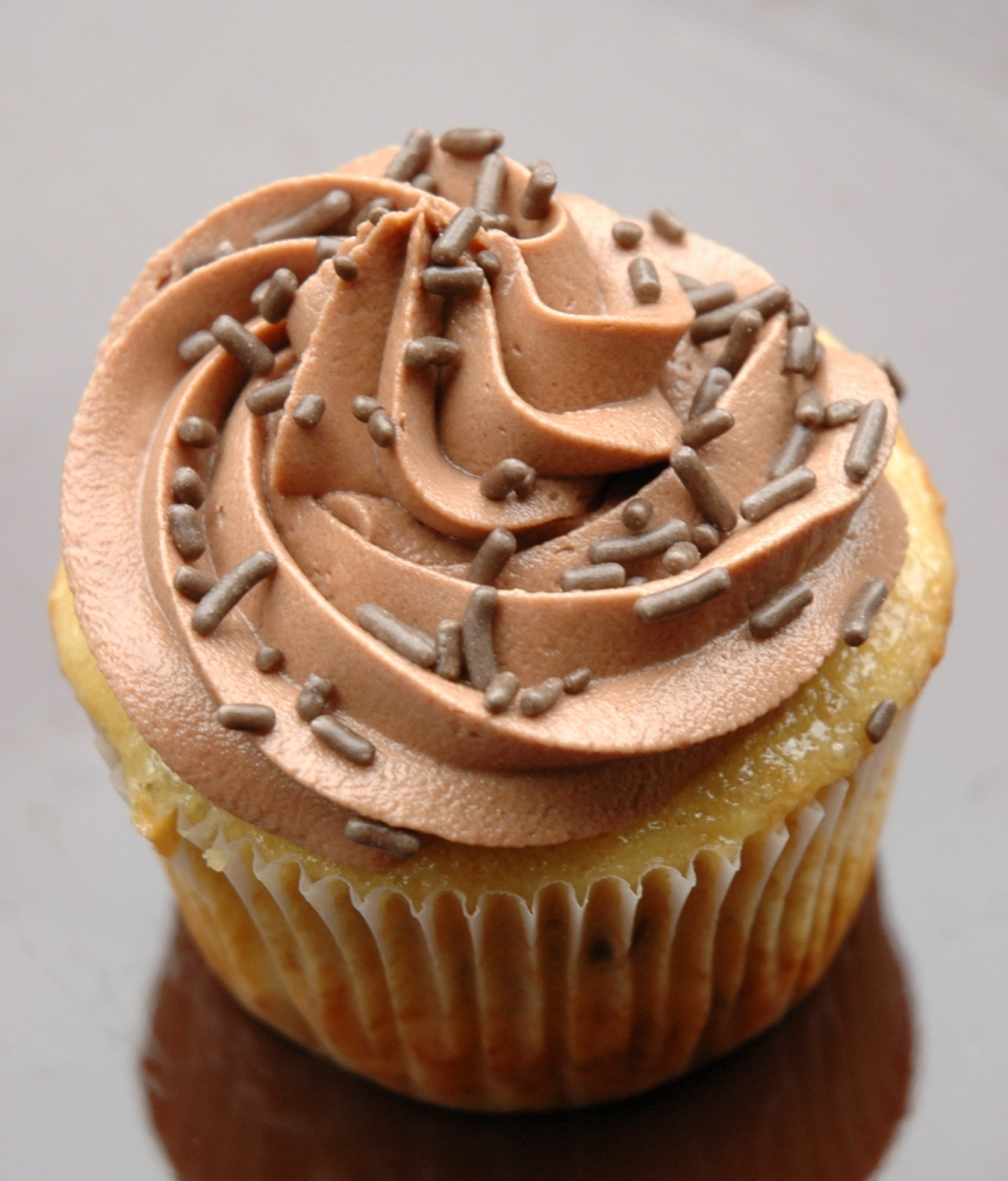 Banana Cake with Nutella Frosting |