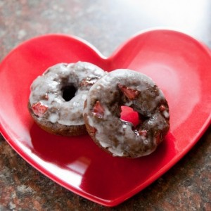 Valentines Day Chocolate Covered Strawberry Donuts (800x533)