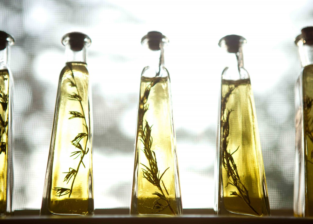 rosemary infused olive oil bottles | via teacher-chef