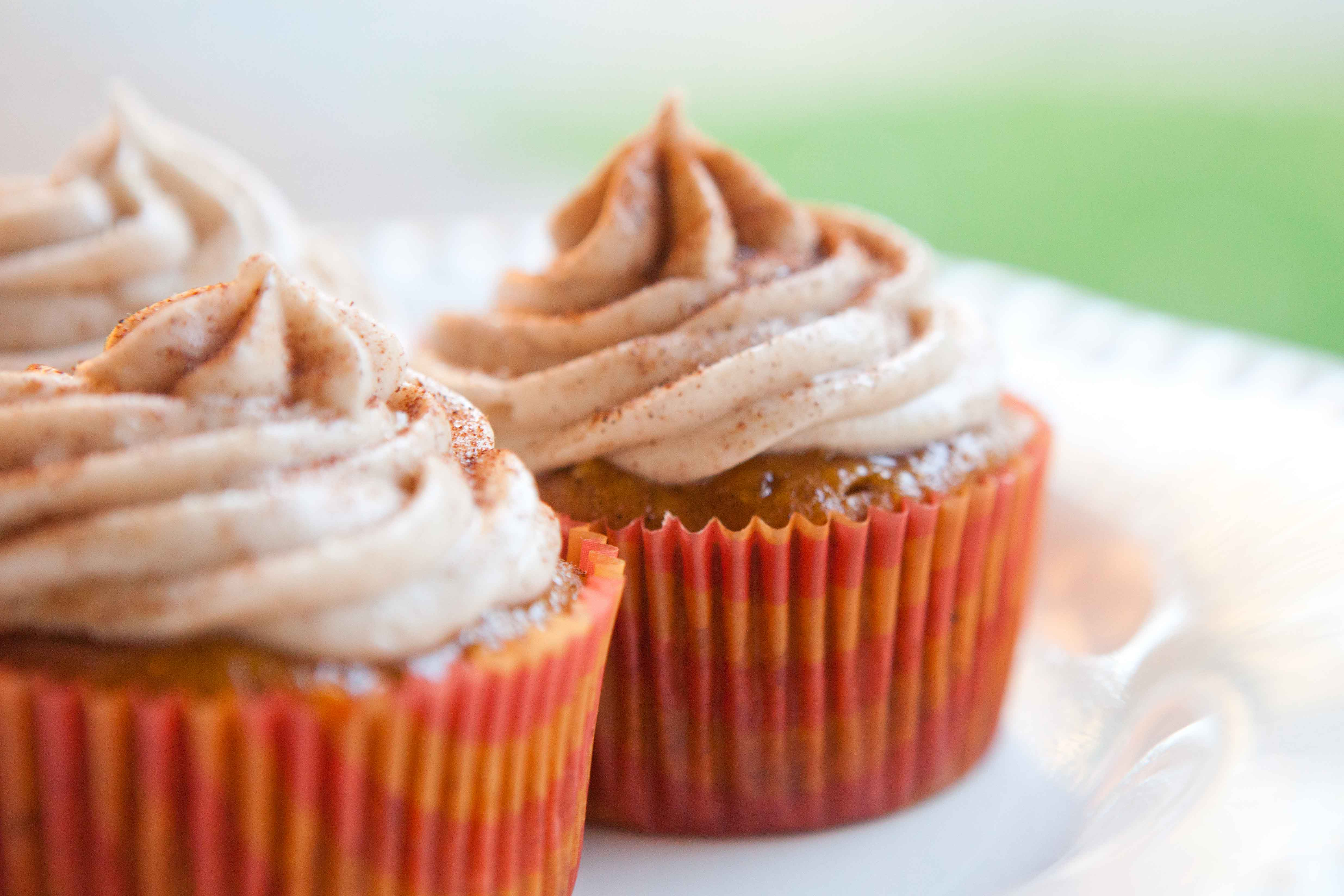 pumpkin spiced cupcake frosting detail shot