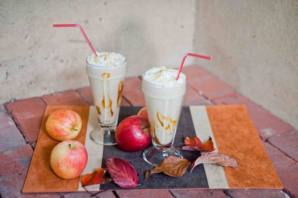 Caramel Apple Milkshakes
